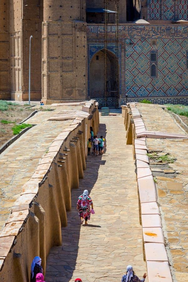 Turkistan mausoleum, Kasakhstan royaltyfri foto