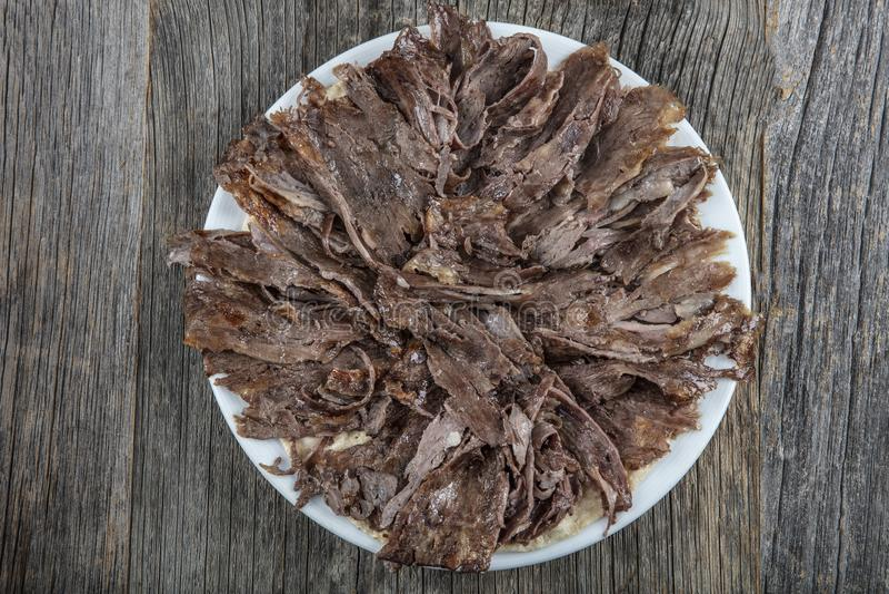Turkse Keuken Doner Turkse traditionele doner van het Shawarmarundvlees royalty-vrije stock foto's