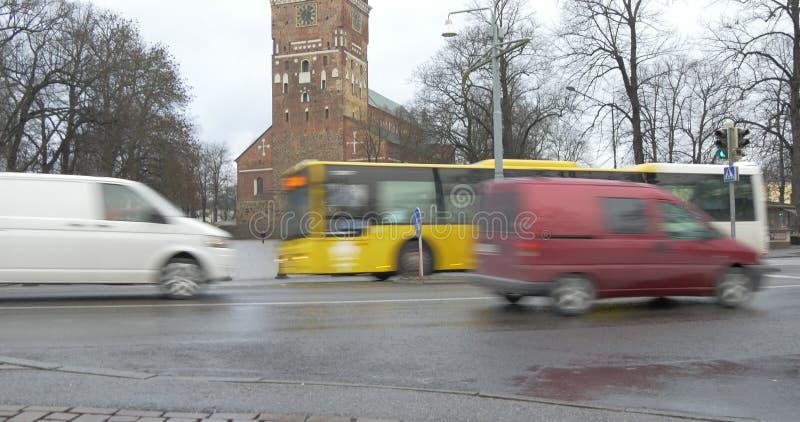 Turku, Finlandia - opinión de la ciudad almacen de video