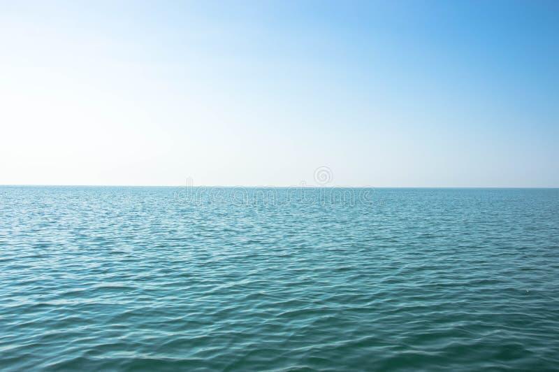 Turkusowa błękitne wody czarny morze obrazy stock