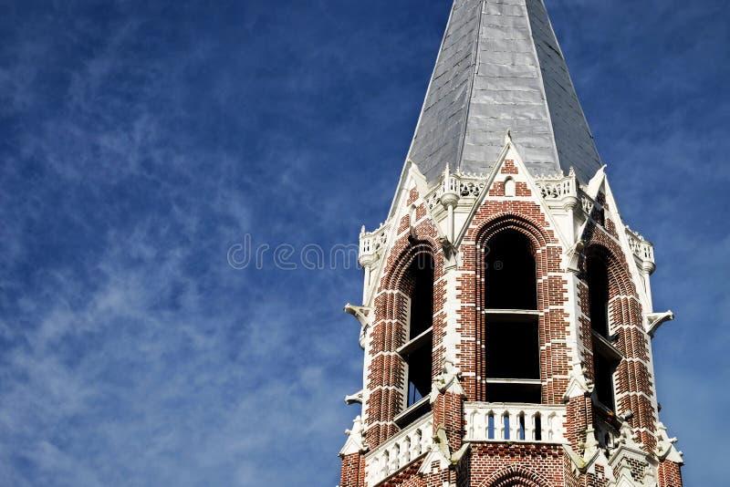 Turm der Glocke auf die Oberseite einer Kirche stockbild