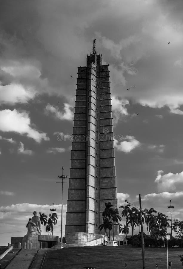 Turm an der Piazza de la Revolucion lizenzfreie stockbilder