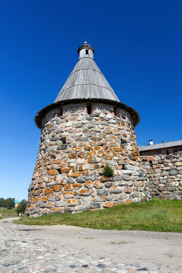 Turm des Solovetsky-Klosters, Russland lizenzfreie stockfotografie