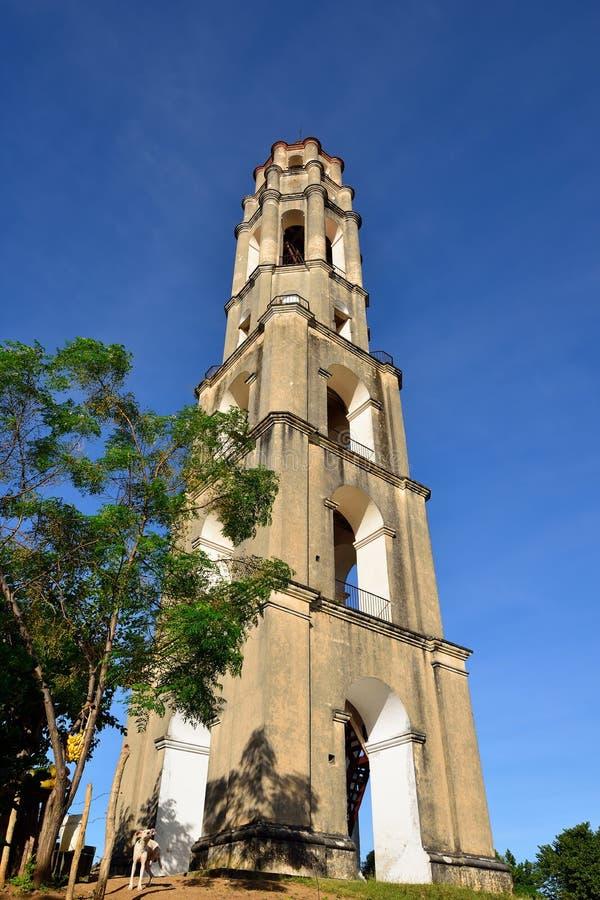 Turm Manaca Iznaga in Tal Valle de Los Ingenios nahe Trinidad-Stadt in Kuba stockbild