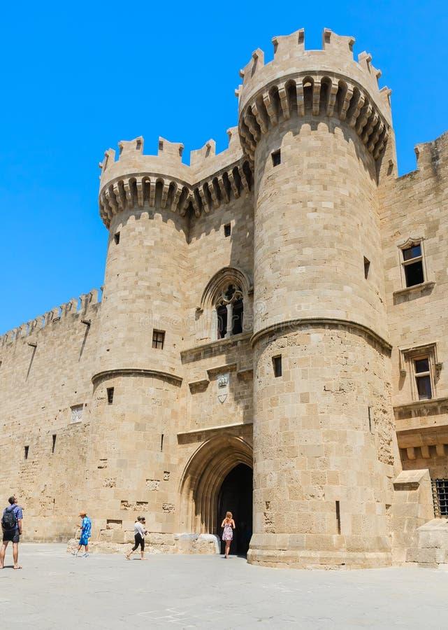 Turm-Palast von Großmeistern Alte Stadt Griechenland an einem sonnigen Tag Griechenland lizenzfreie stockbilder