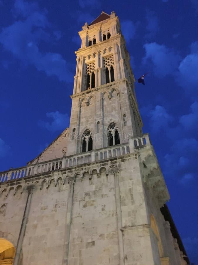Turm in Trogir Kroatien lizenzfreies stockfoto