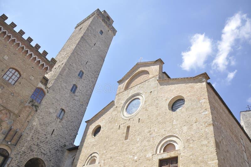 Turm und Collegekirche von San Gimignano, Italien lizenzfreie stockfotografie