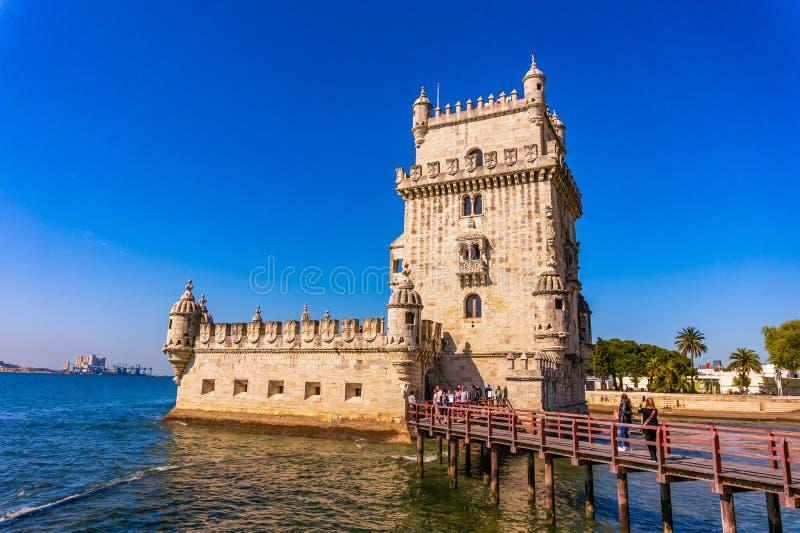 Turm von Belem am sonnigen Tag, Lissabon stockbilder