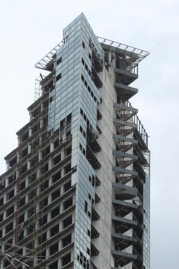 Turm von David ein unfertiger Wolkenkratzer in Caracas lizenzfreies stockfoto