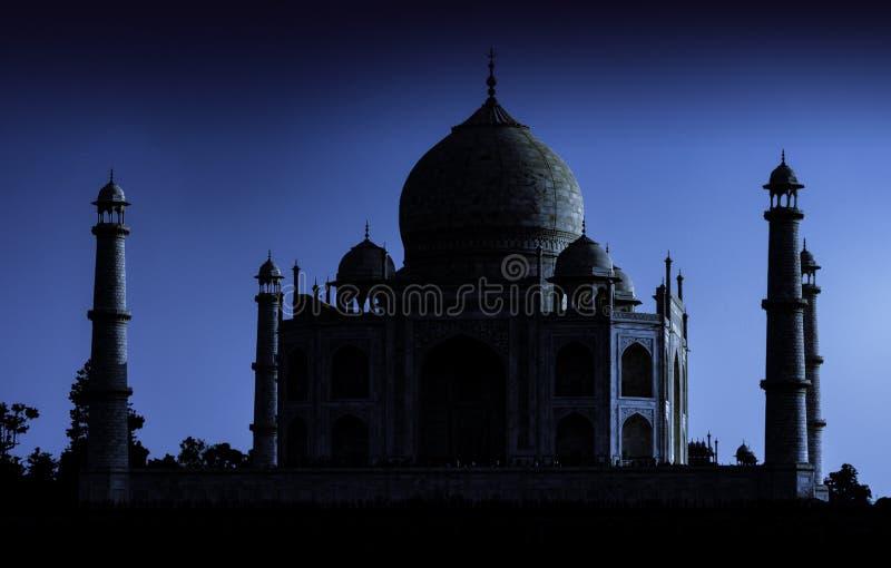 Turm von Taj Mahal in Agra stockfotografie