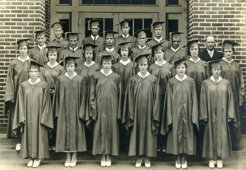 Turma de finalistas de High School dos anos 30 da era da Grande Depressão imagem de stock