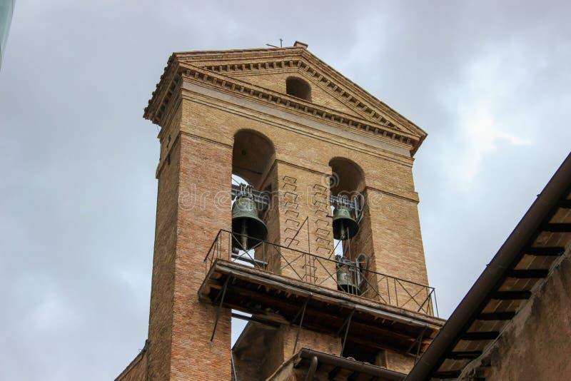 Turmglocke in Rom stockfotografie