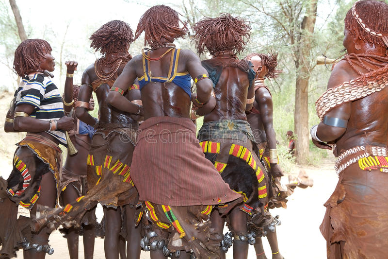 Download Jumping Of The Bull Ceremony Ethiopia Editorial Stock Image - Image: 29758004