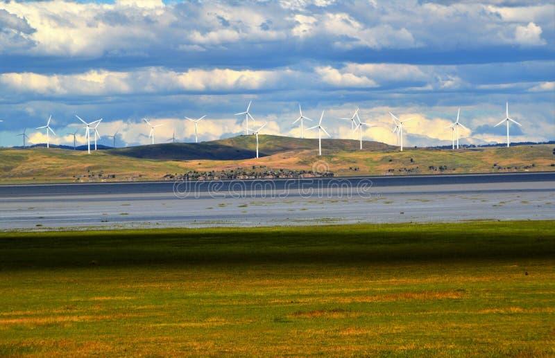 Download Turnbines wind стоковое изображение. изображение насчитывающей новообращенные - 81811201