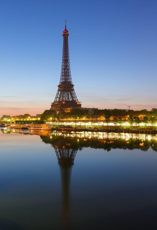 Turnera Eiffel, Paris royaltyfri fotografi