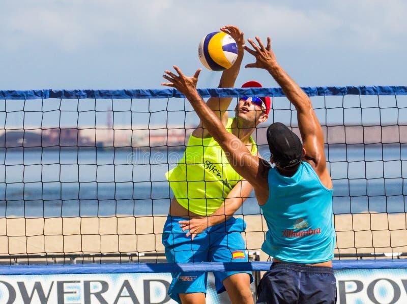 Turnering för strandvolleyboll royaltyfria bilder