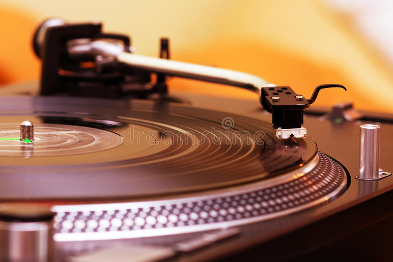Download Turntable Playing Vinyl Record Stock Image - Image: 26476681