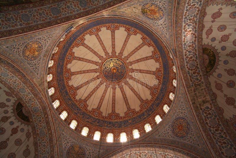 Turquia. Istambul. Dentro da mesquita azul imagem de stock royalty free