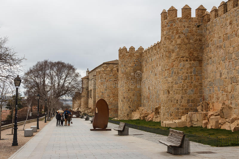 Turyści chodzi wokoło ramparts zdjęcia royalty free