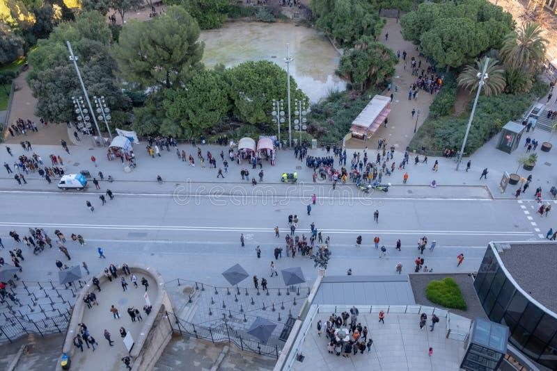 Turyści przed Sagrada Familia, Barcelona fotografia royalty free