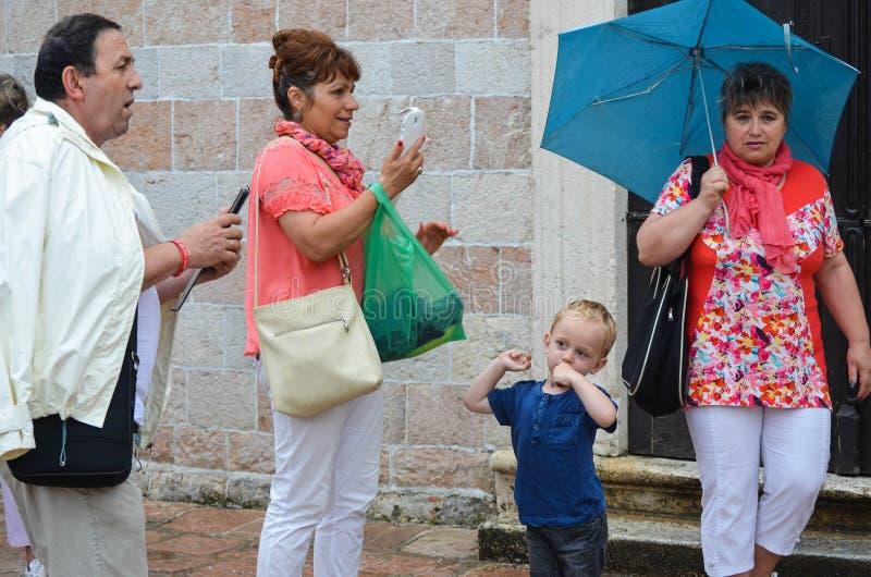 Turyści robi fotografii w DUbrovnik obraz royalty free