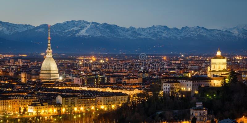Turyn (Torino), nocy panorama obraz stock