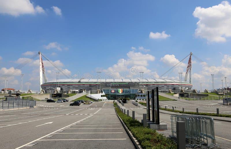 Turyn, Włochy, Sierpień - 27, 2015: widok z parking th zdjęcia royalty free
