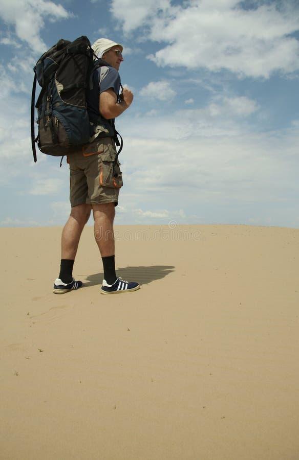 turysta desert obrazy royalty free
