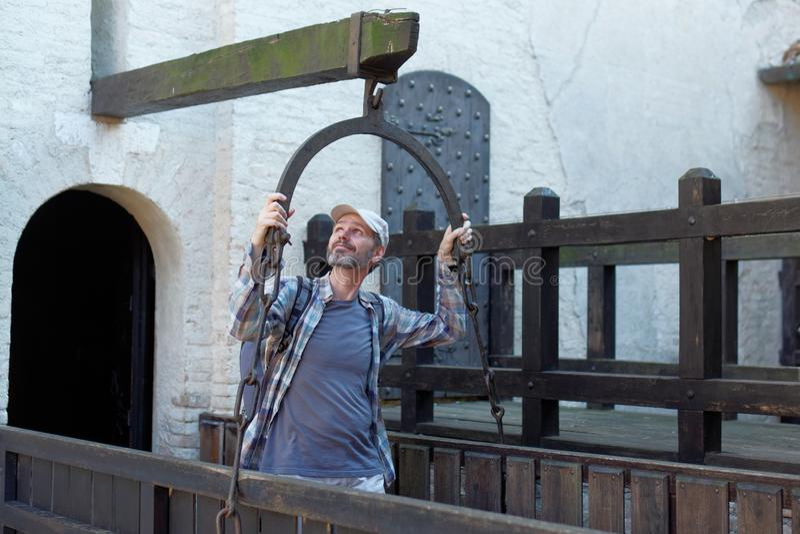 Turysta w Gradara kasztelu fotografia royalty free