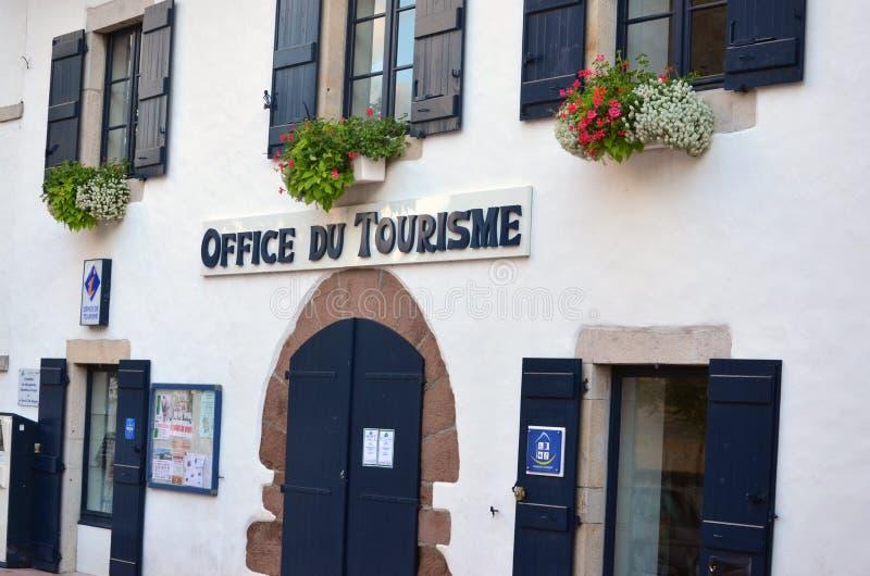 Turystyczny biuro w Francuskim Baskijskim kraju (pays basque) zdjęcie royalty free