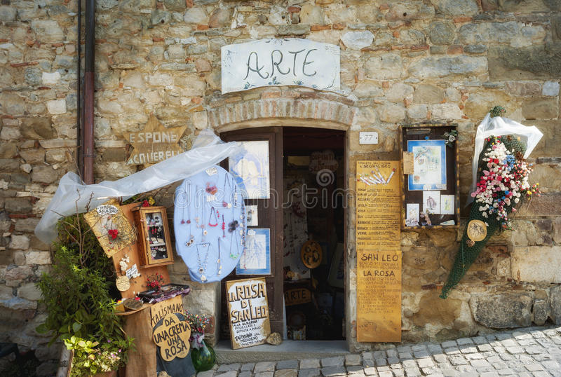 Turystyczny souvenir's sklep koloru córek wizerunku matka dwa obraz stock
