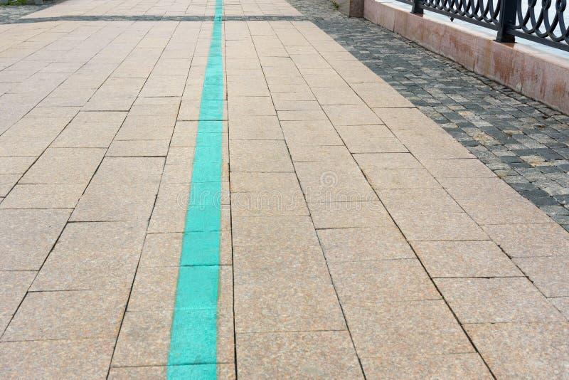 Turystyczny zielona lina spacer w Irkutsk Rosja fotografia stock