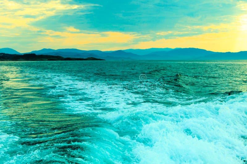 Turystyka i podróż Woda i wyspy wokoło Bergen fotografia royalty free