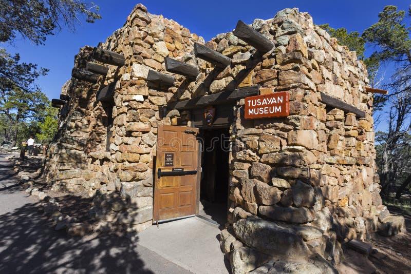 Tusayan-Museums-indischer Pueblo-Stein-Gebäude-Eingang Grand Canyon Arizona USA stockbild