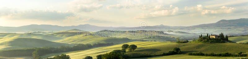 Tuscan panorama arkivbild