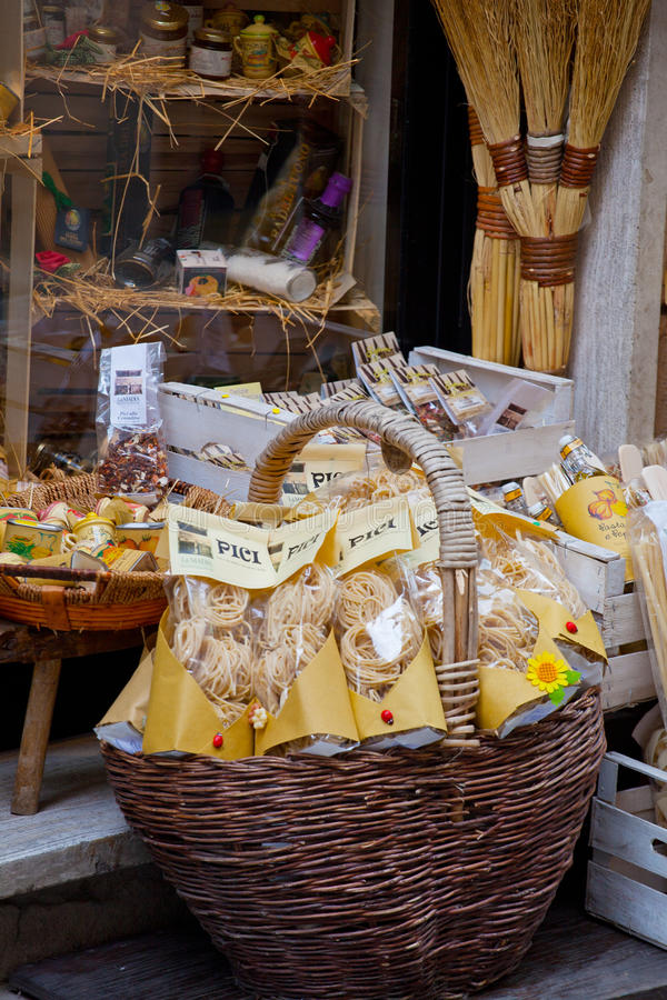 Download Tuscan Souvenirs For Tourists Editorial Image - Image of wine, tourism: 43710790