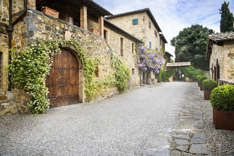 Tuscan villa. An elegant tuscan villa in the countryside royalty free stock photo