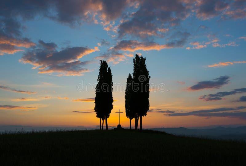 Tuscany för soluppgång arkivbilder