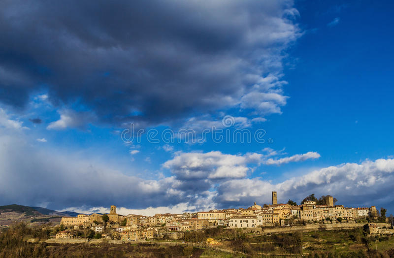Download Tuscany landscape stock photo. Image of tower, village - 29367022