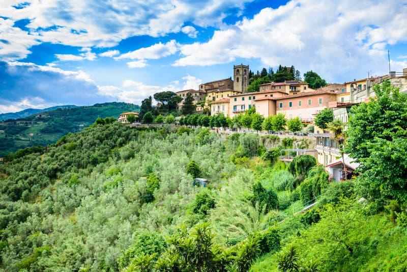 Tuscany Montecatini altpanoramautsikt arkivbilder