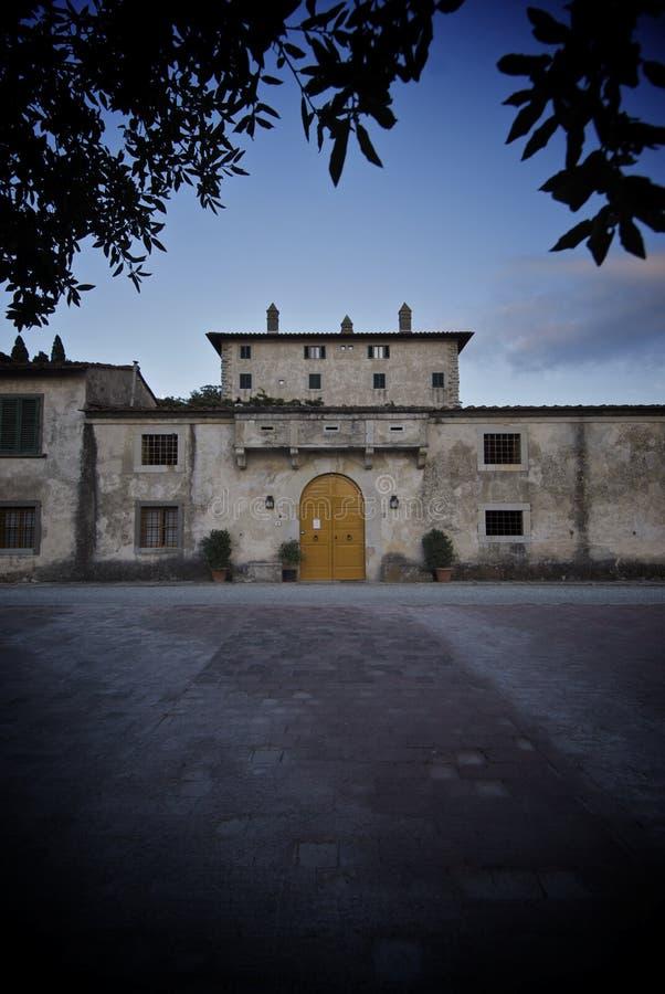 tuscany villa arkivfoton