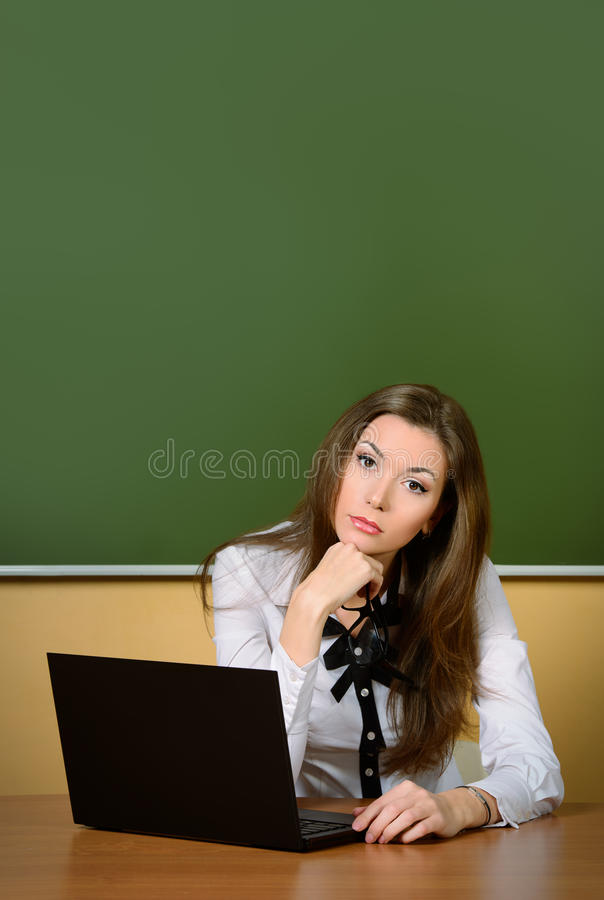 Tutor am Klassenzimmer lizenzfreie stockbilder