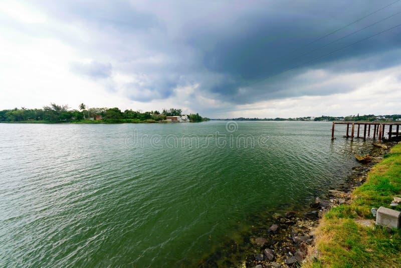 Tuxpan-Fluss, Mexiko lizenzfreies stockbild