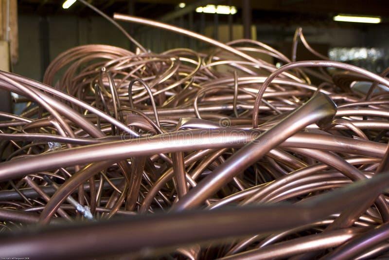 Tuyauterie de cuivre réutilisée photo libre de droits