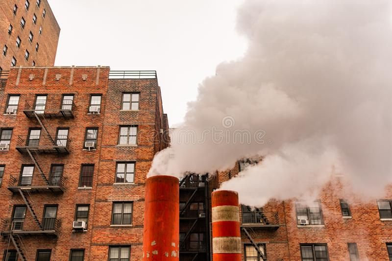 Tuyauteries de vapeur à New York City photographie stock libre de droits