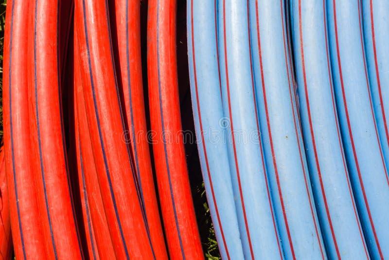 Le plastique siffle des couleurs IL mise en réseau photos stock