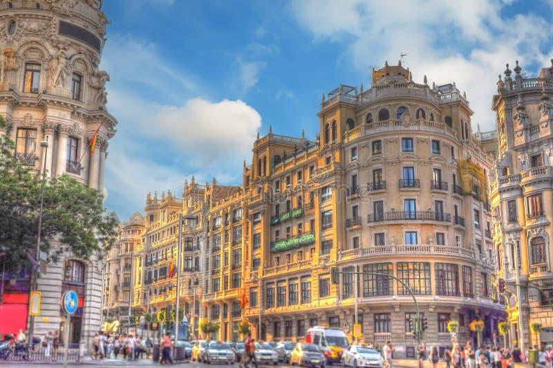 Tvärgata i Madrid royaltyfri bild