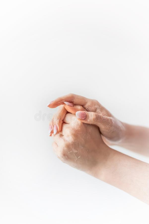 Tvättande händer med skum och tvål arkivbilder