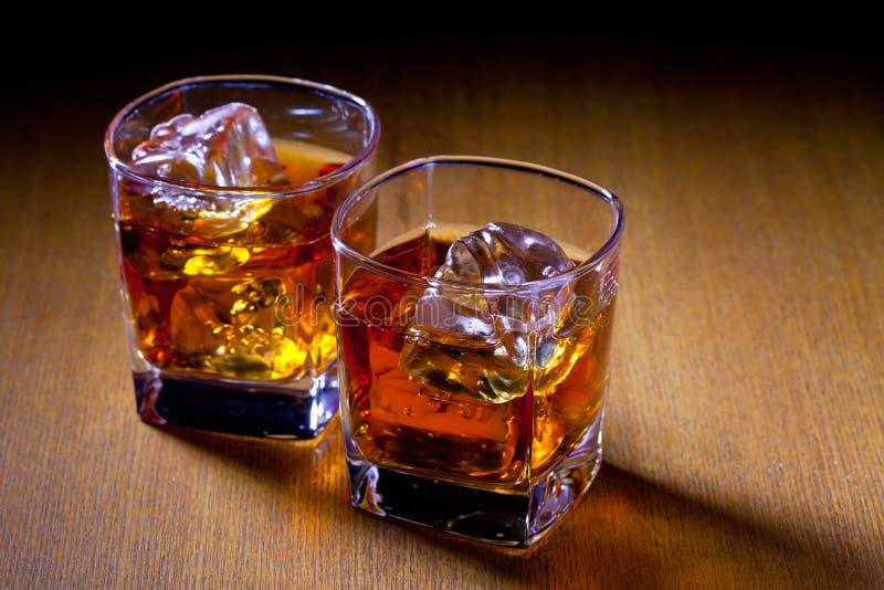 Två drinkar royaltyfri bild