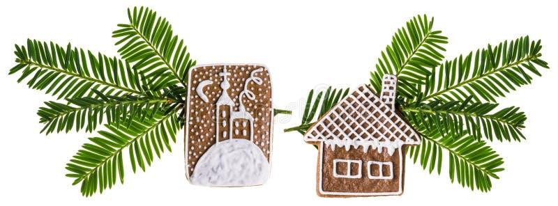 Två härliga julpynt med traditionella handgjorda pepparkakor fotografering för bildbyråer